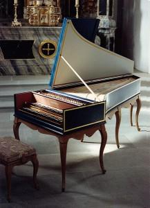 Клавесин во французском стиле работы Жана-Поля Руо (Париж) по Никола Дюмону 1707-го года