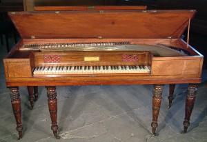Квадратное фортепиано